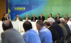 Brasília - Ministros participam da reunião do Fórum de Debates sobre Políticas de Trabalho, Emprego, Renda e Previdência Social, no Palácio do Planalto (Antonio Cruz/Agência Brasil)